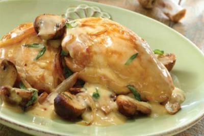 piletina, u, sosu, od, peuraka, sa, pomfritom, , desert, za, dve, osobe